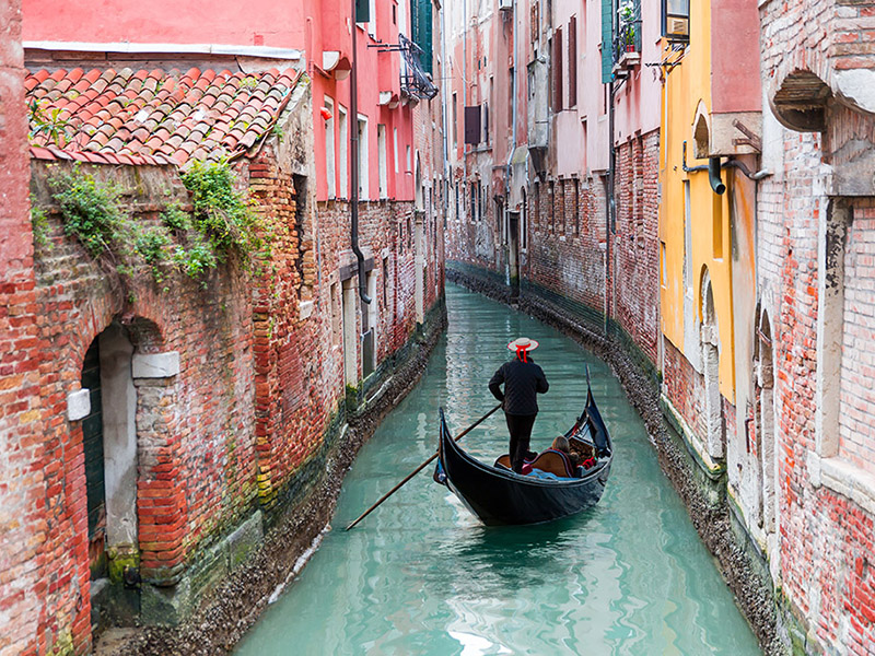 Top 10 Countries To Retire Abroad